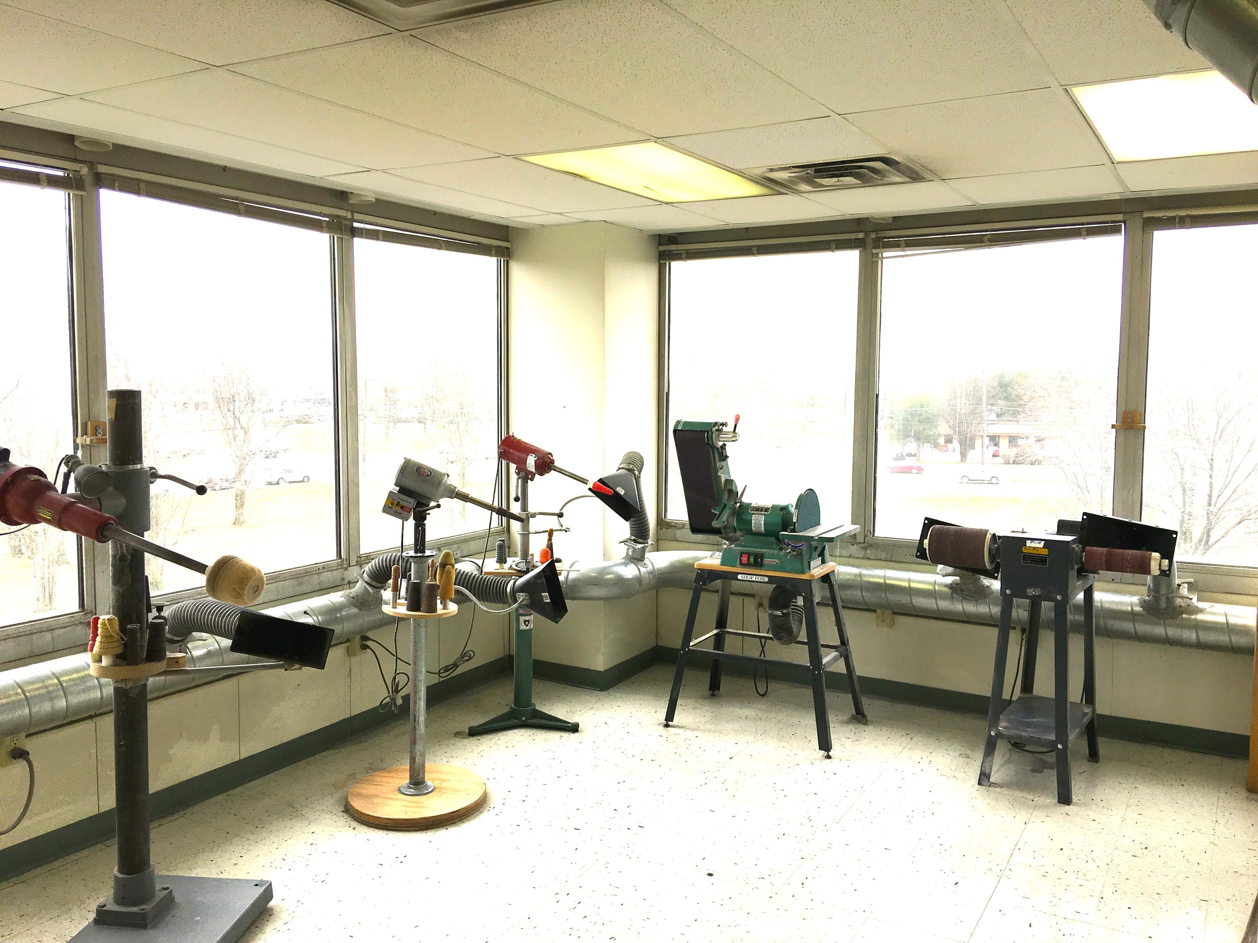 in-house prosthetic fabrication - prosthetic orthotic solutions international