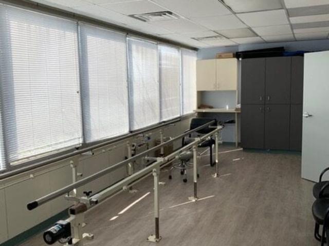 gait training room for prostehtic leg